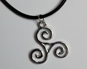 Celtic Irish Triple Spiral Triskel Triskelion Triskele Leather Choker Necklace