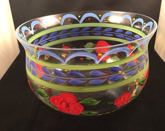 Hand painted vintage glass salad or fruit bowl in good condition.