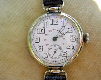 WW1 OFFICER'S TRENCH WATCH with Rare 24-Hour Dial & Articulated Lugs, Serviced.