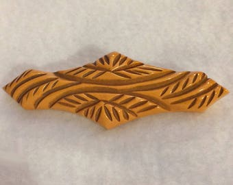 Vintage Bakelite Pin Brooch Butterscotch Overdyed Deeply Carved