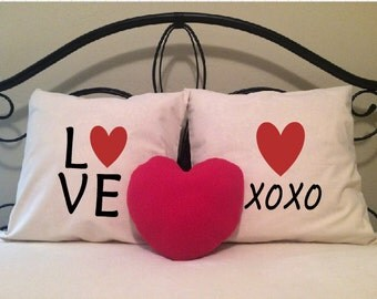 Love Pillow Covers, FREE Valentine Pillow, Set of Two Love Heart, xoxo, Bride, Wedding Gift, Anniversary Gift, Valentine