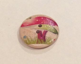 Large 2 hole button with toadstool print, pack of 5, 30mm.