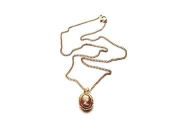 Vintage Gold Necklace with Cameo Pendant
