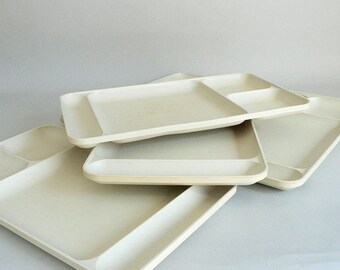 Tupperware Vintage Divided Lunch Trays