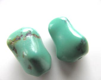 turquoise beads, 2 beads, Chinese Turquoise, 11x18mm, green Turquoise, Jewelry supply B-1286