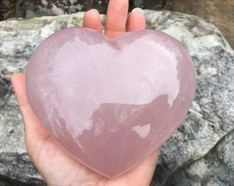 Heart Rose Quartz Stone - Rose Quartz Crystal - Rainbow Quartz - Love Stone - Pink Stone - Rose Quartz - Heart Crystal - Heart Stone - 973g