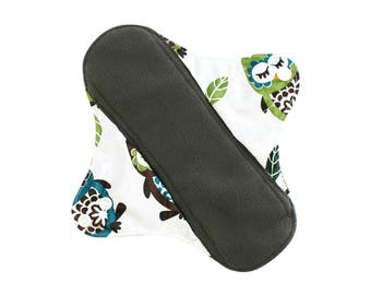 SALE Comfy Cloth Mama Cloth Charcoal Bamboo Menstrual Pads - Cute Owls Pattern