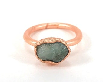 Raw Stone Ring, Emerald Ring, Raw Crystal, Electroformed Ring, Copper Ring, Green Gemstone, May Birthstone, Rough, Nugget, Healing, Edgy