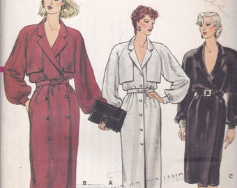 Vogue 8832 Vintage Pattern Womens Loose Fitting Button Down Dress in 3 Variations Size 12,14,16 UNCUT