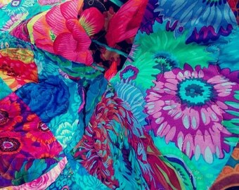 Kaffe Fassett quilt, lap, couch, blue, red, gorgeous