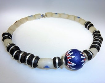 African Necklace, Handmade Tuareg-Africa-Collier of African Beads, Trade beads, Tuareg Beads, Choker, Neckring, Ethno-Jewelry