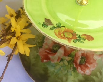 Sale Poppy Perfect, Red Poppies, Vintage China, Tiered Tray, 3 tier Server, Victorian Tea Party, Brunch, Cupcake Tower, Green Wedding China