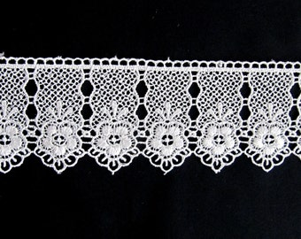 Venice Lace Trim Lace  Costume  Embellishment Offwhite  Lace   Trim Daisy Lace Flower Lace  Diy craft  Listing For 1.50 mt (1.64 Yard)