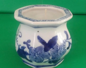 Hand-Poured Jasmine Scented Candle in Vintage Blue and White Chinese Porcelain Pot Chinoiserie Gift for Her