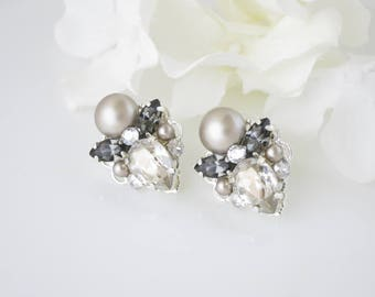 Platinum wedding earring, Swarovski crystal and pearl post bridal earring, Bridesmaid earring