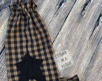 Primitive Grocery Bag Holder/ black, bag holder, homespun holder, primitive decor, rag bag holder, primitive bag holder, grocery bag holder