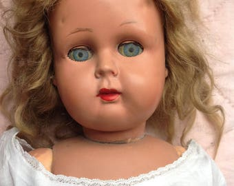 French 1940 doll