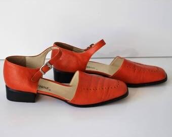 Red Mary Janes/ Orange Soft Leather  Mary Jane Shoes / Red Leather Dolly Shoes / Orange Womens Pumps Size  Us 8,5 , Eur 38,5 , UK 5,5
