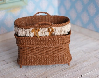 Dollhouse Moses basket and changing bed in brown