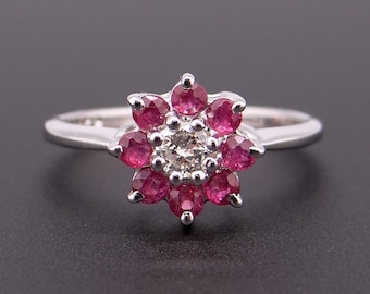 Adorable 14k White Gold .50ct Ruby Round Cut Diamond Cluster Flower Ring Size 5