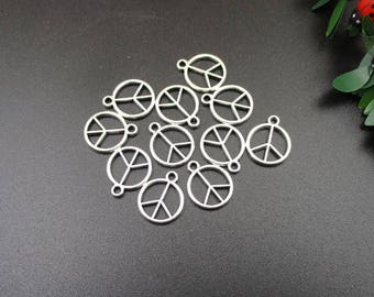 20Pcs 12x15mm Silver Peace Charms 2 Sided-p1770