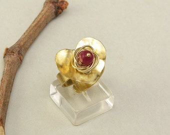 Gold heart ring, adjustable ring, brass large ring, Garnet jade band, Valentines gift for her, hammered jewelry, middle finger ring.