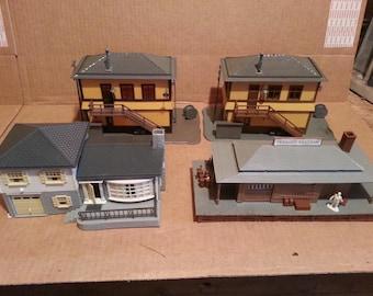 Vintage HO Scale Model Railroad Houses & Buildings (15)