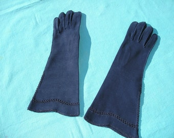 Vintage Gloves 1950s Ladies Elbow Gloves Navy Blue 3/4 Length Crochet Details