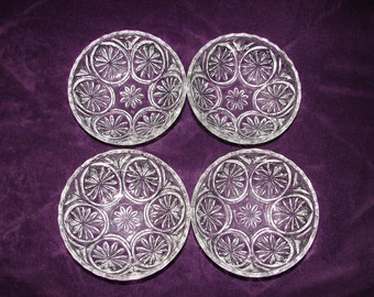 ANCHOR HOCKING, 4 Dessert Bowls, Medallion Clear, Star & Cameo Design, Four Clear Pressed Glass Vintage Berry Bowls, Wedding Gift Quality
