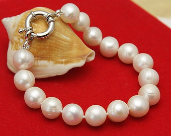 """14 K Solid Gold Findings and clasp 8-9 MM White Akoya Pearl Necklace +Earring 18"""""""