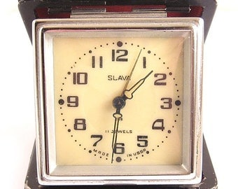 SLAVA DOROGNIE Russian Travel Clock 11 Jewels 2nd Moscow Clock Plant USSR