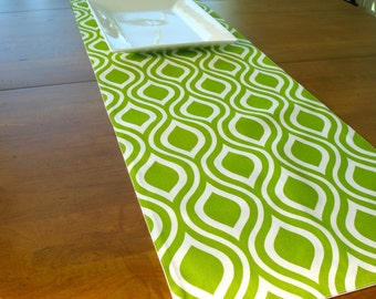 Table Runner / Dining Table Runner / Fabric Table Runner / Apple Green White/ Table Runner/ Spring Table/Made To Order