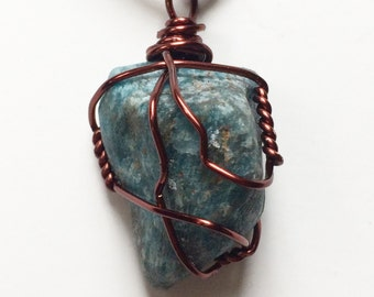 Blue Raw Apatite Necklace, Apatite Healing Stone, Blue Apatite Pendant