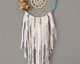 dream catcher-dry flowers and old lace