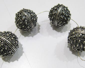 Antique Silver Oxidize Designer Balls 22 mm Metal Beads , Silver Spacer Round Shape Beads , Sold per Piece.