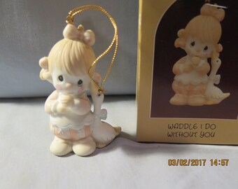 Precious Moments Waddle I do Without You? 112364 Cedar Tree 1987