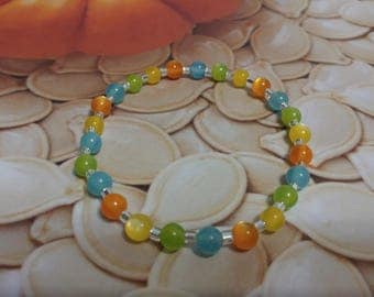 This a simple summer bracelet