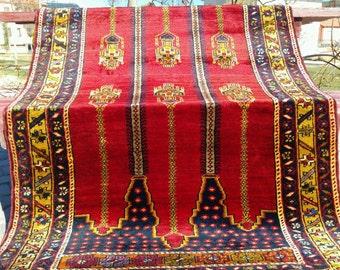 """Beautiful 1950-1960s Vintage 3'5""""×6'3"""" Tribal Patterned Wool Pile Prayer Rug"""