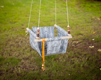 Baby Fabric Swing w/Pilow. Indoor/Outdoor Baby/Todler Swing. Baby Hammock