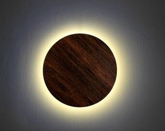 Round light wooden