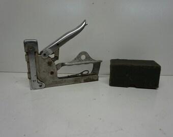 Antique Hansen No. 2 Staple Gun & Bostich Staples, Vintage Staple Gun, Industrial Tool, Bostich staples, Unique. Art Deco, Rusty Tool