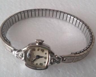 Bulova 23 L6 10K Rolled Gold Plate Ladies Wrist Watch
