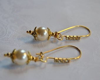 Swarovski Cream Pearl Earrings