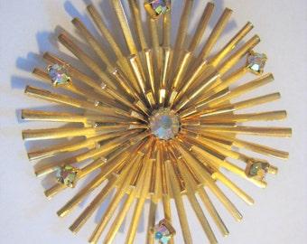 Gold Tone Pin  ( 42  )
