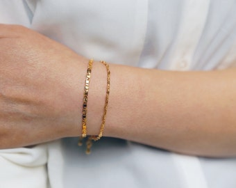 Delicate Gold Chain Bracelet / Dainty Chain Bracelets / Layering Bracelet