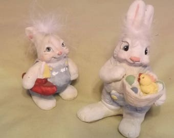 Dreamsicles Bunnies, Cast Art, Signed Kristin 1993, Set of Two Bunnies, Rabbit with Sailboat, Rabbit with Basket, Collectible Bunny Rabbits