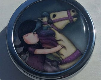 Pill, jewlery and little treasure/ BOXE/ Lovely girl with horse