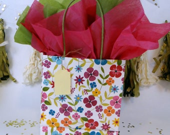 Gift Wrap Package (White and Floral)