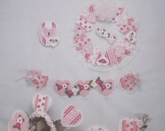 It's Valentines Day, Needlecraft Ala Mode Plastic Canvas Pattern Leaflet 129 Hearts & Flowers