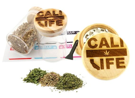 Cali Life Engraved Premium Natural Wooden Grinder & Wood Lid Glass Jar Gift Set # GS103116-7